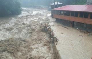 Meteorolojiden Van ve Hakkari için sel ve su baskını...