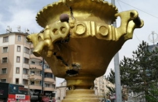 'Semaver' heykelinin yenisi yapılıyor
