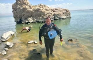 Van Gölü'nde su altı mağarası keşfedildi