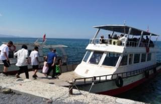 Van'da turizmciler işlerin açılmasını bekliyor