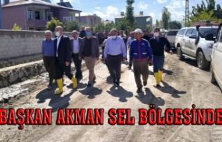 Başkan Akman, selin etkili olduğu mahalleleri inceledi