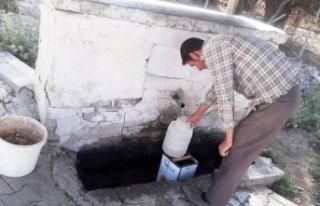 Karakoç Mahallesi'nde su sorunu baş gösterdi