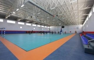 Muradiye'de gençlik merkezi ve kapalı spor salonu...