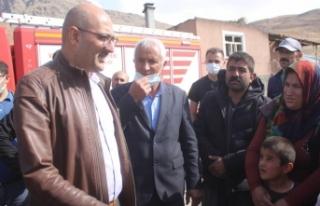Kaymakam Aydın'dan evi yanan aileye destek sözü