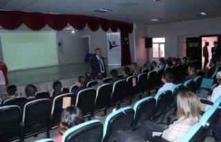 Yeni atanan öğretmenlere seminer