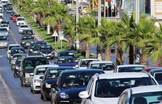 Bodrum'a 700 bin tatilci akın ediyor