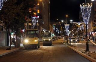 Maraş Caddesi'nde asfaltlama çalışmaları başladı
