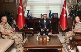 Tümgeneral Kurtoğlu'ndan, Vali Çağatay'a ziyaret...