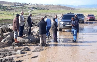 Çaldıran'daki sel ekili arazileri kullanılamaz...