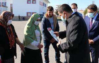 Kaymakam Mehmetbeyoğlu'ndan engellilere ziyaret