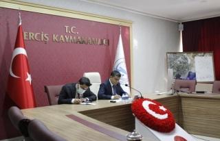 Kaymakam Mehmetbeyoğlu öğretmenlerle online toplantı...