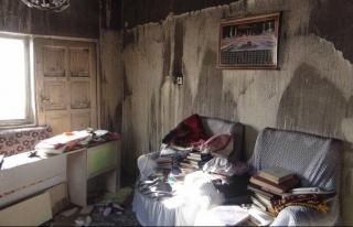 Evi yanan aile yardım bekliyor