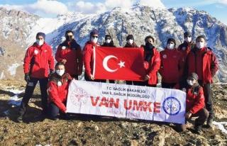 Van UMKE ekibi Erek Dağı'na tırmandı