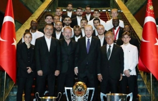Erdoğan, Beşiktaş heyetini kabul etti