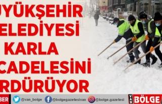 Büyükşehir karla mücadelesini sürdürüyor