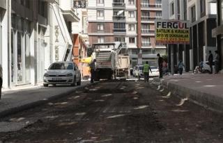 İpekyolu'nda bir cadde daha yenileniyor