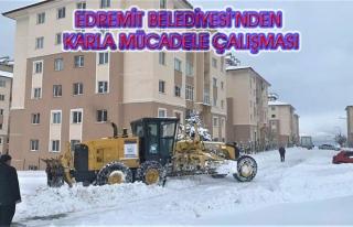 Edremit Belediyesi'nin karla mücadele çalışmaları...