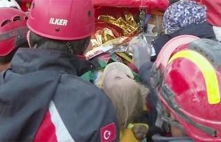 3 yaşındaki Elif 65. saatte sağ olarak kurtarıldı
