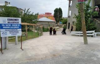 Edremit'teki yollar engellilere uygun hale getirildi
