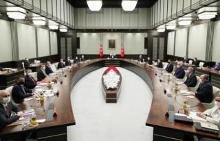 Cumhurbaşkanlığı Kabinesi 'COVID-19' gündemiyle...