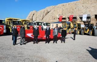 Tuşba'da karla mücadele ekipleri göreve hazır…