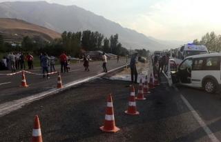 Gevaş'ta trafik kazası: 6 yaralı