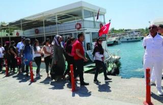 Deniz otobüsleri 9 binden fazla yolcu taşıdı
