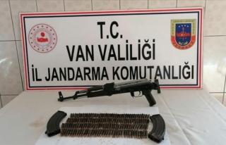 Van'da silah ve mermi ele geçirildi