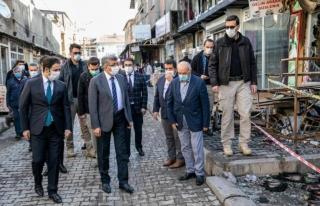 Vali Bilmez'den, Özalp'ta zarar gören esnafa ziyaret…