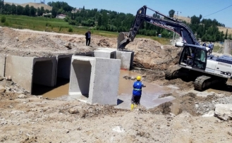 Büyükşehir, sel ve su taşkınlarına karşı önlem alıyor