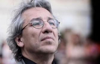 Can Dündar'ın tutuklanmasına yönelik yakalama emri çıkarıldı