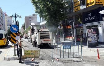 Büyükşehir, Maraş Caddesi'ni yeniliyor