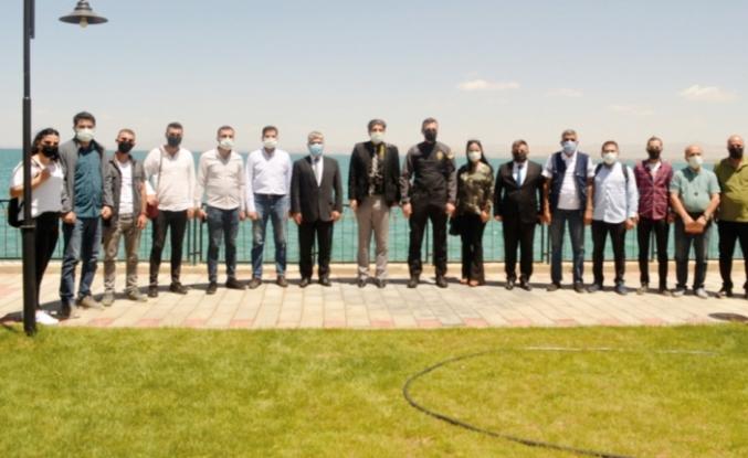 Müdür Aydın, gazetecilerle bir araya geldi