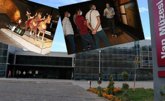 Uslu: Van Müzesi'ni 12 bin kişi ziyaret etti